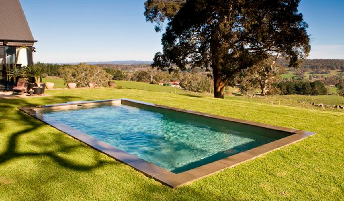 Can fibreglass pools be saltwater?